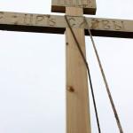 9 мая, в день празднования Дня Победы, после Божественной Литургии был установлен и освящен Крест (один из четырех) на въезде в с. Новый Буян